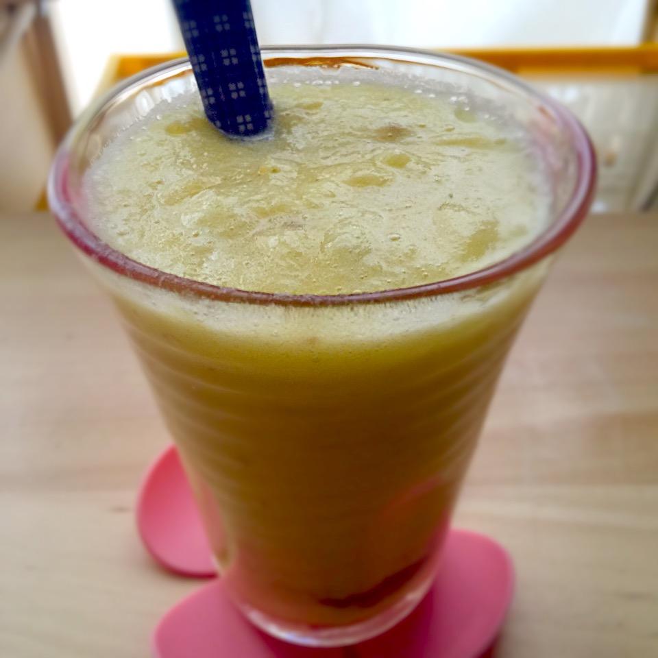 パイナップルスムージー 胃腸炎 消化酵素 大根おろし 胃に優しいスムージー