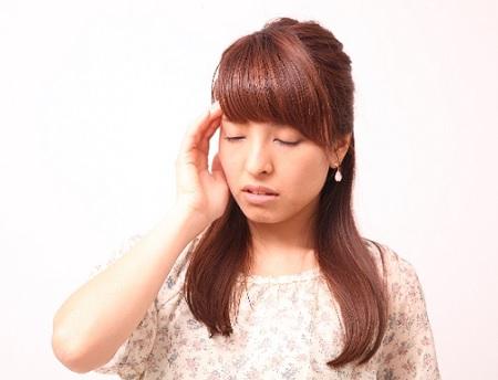 更年期の頭痛,梅雨時の頭痛,低気圧と頭痛,女性ホルモンと頭痛